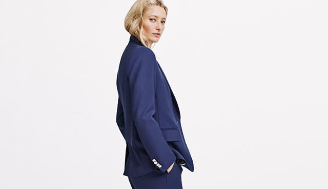fb536e3937f Founded in Toronto in 1985, Club Monaco is a modern, urban-minded brand  with an element of ease and a spark of entrepreneurship. Based in New York,  ...