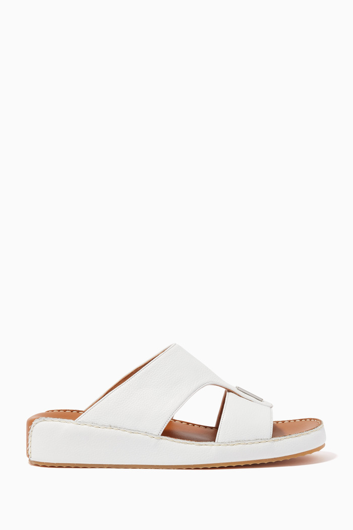 Arabic Sandals in Grainy Leather
