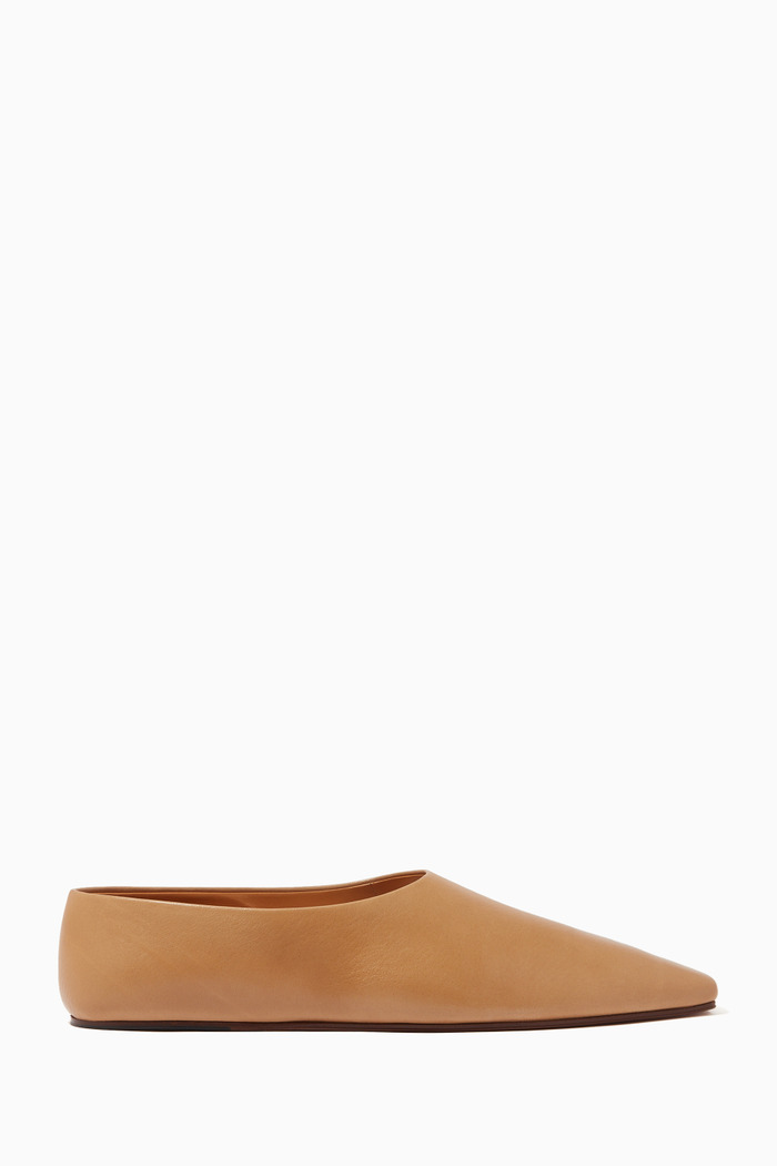Square Toe Flats in Leather