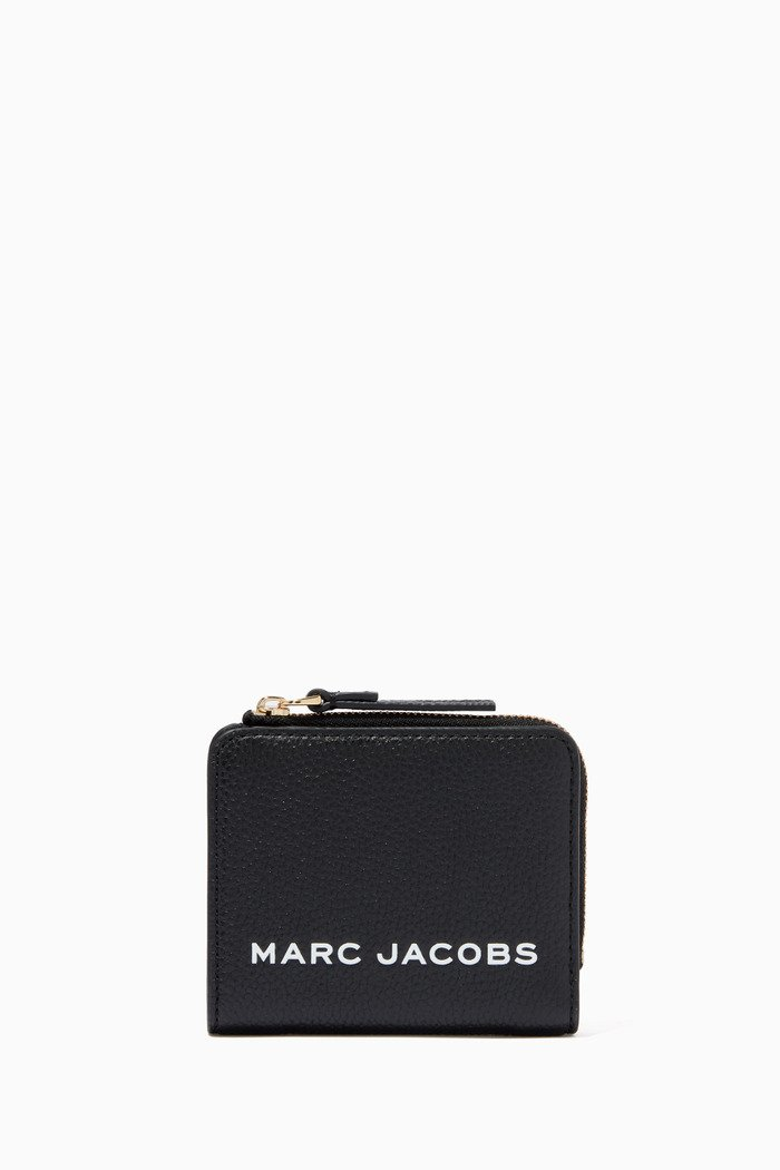 The Bold Mini Compact Wallet in Leather