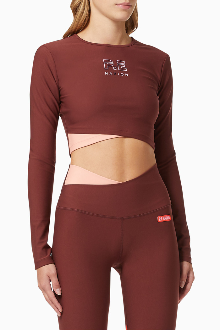 Point Forward Cropped Top in Cotna Polyester